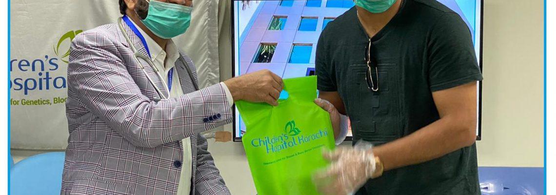 Yahya Jafri donates Plasma to Children's Hospital Karachi.